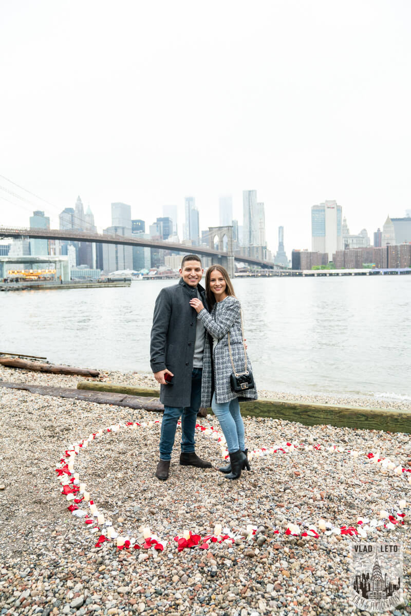 Photo 5 Surprise Marriage Proposal in Dumbo, Brooklyn | VladLeto