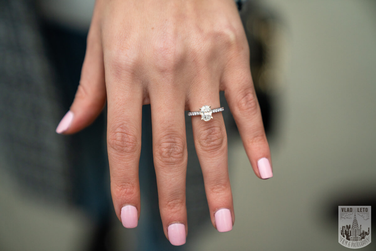 Photo 17 Surprise Marriage Proposal in Dumbo, Brooklyn | VladLeto