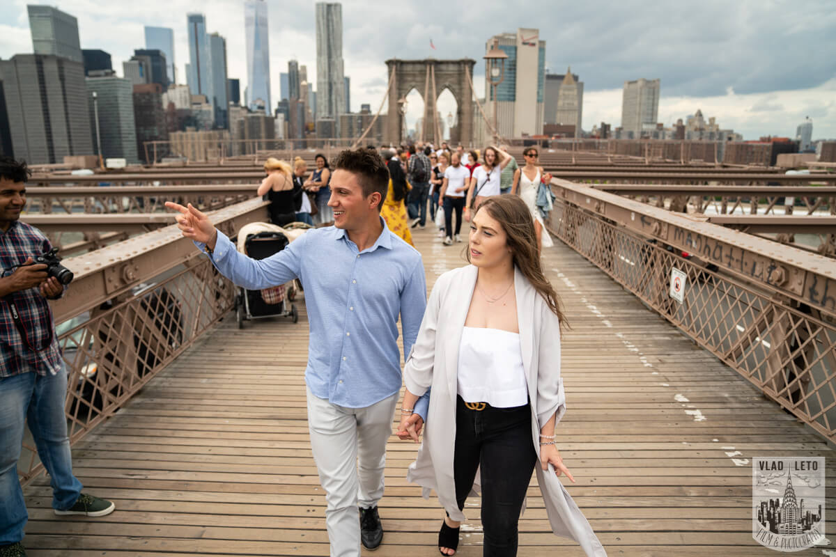 Photo 9 Brooklyn Bridge Engagement Photos | VladLeto