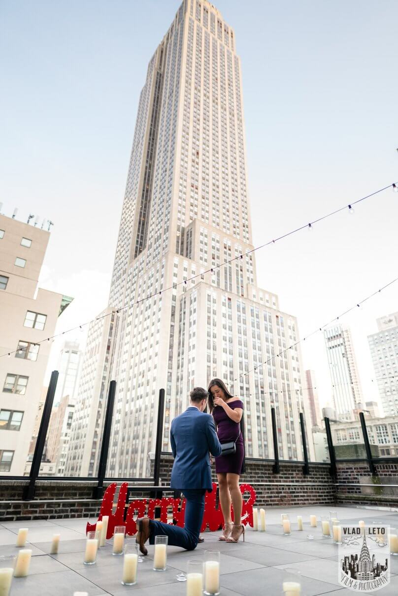 Rooftop proposal in New York