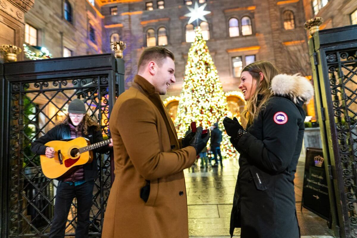 Photo 3 Lotte Palace Christmas Tree Proposal | VladLeto