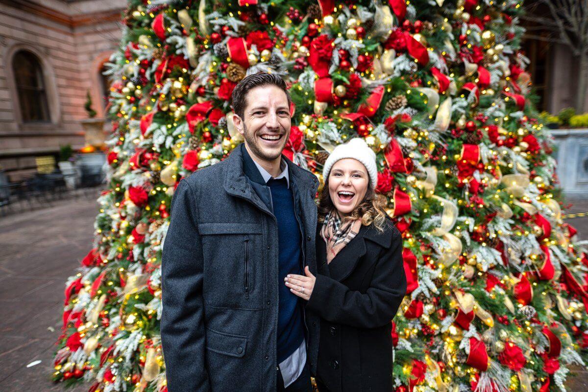 Photo 2 The Lotte Palace Hotel Christmas Tree Wedding Proposal   VladLeto