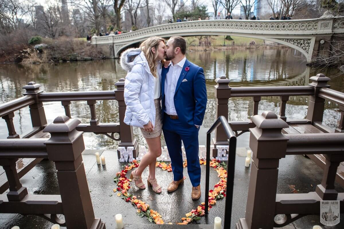 Photo 9 Marriage Proposal by Bow Bridge in Central Park. | VladLeto