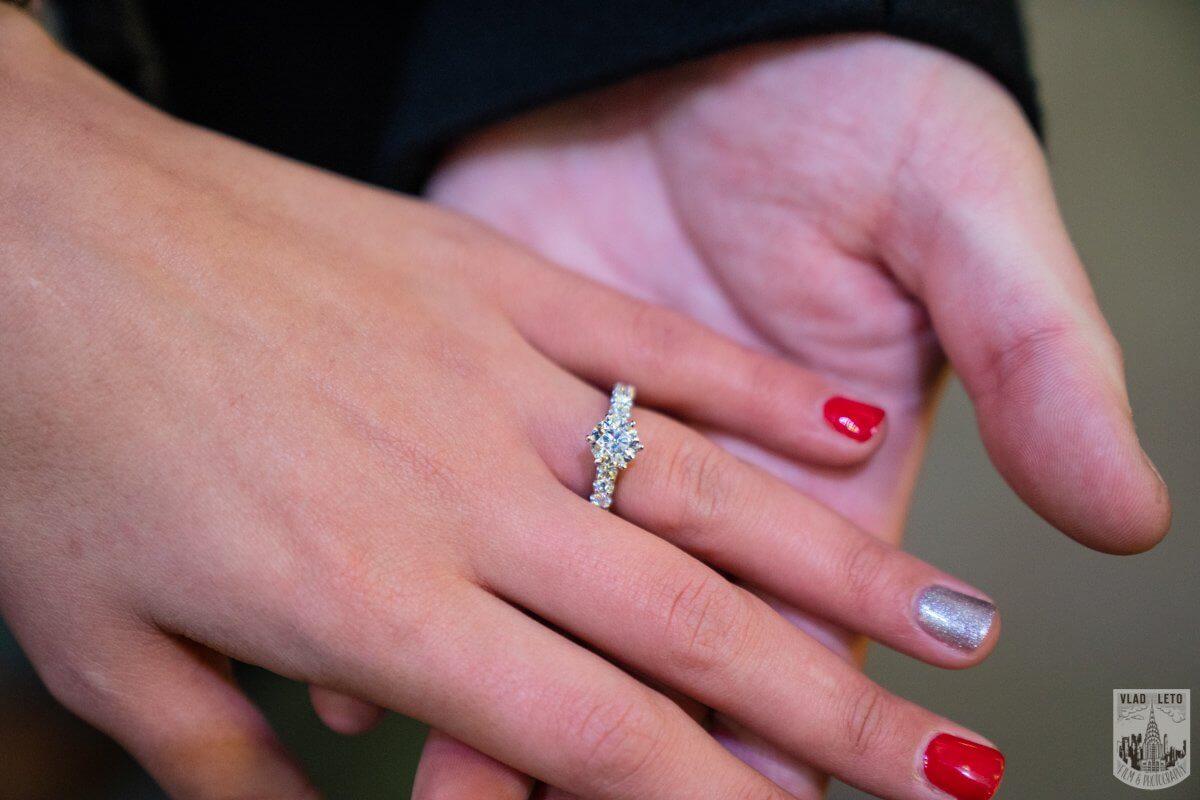 Photo 6 Ice Skating Marriage Proposal at Rockefeller Center | VladLeto