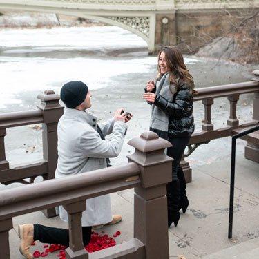 Bow bridge surprise marriage proposal.