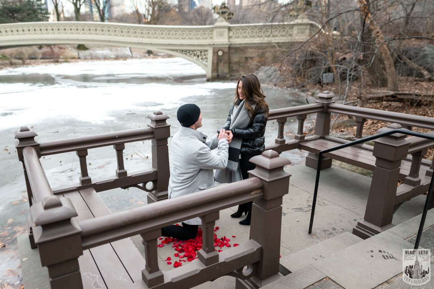 Photo 3 Bow bridge surprise marriage proposal. | VladLeto