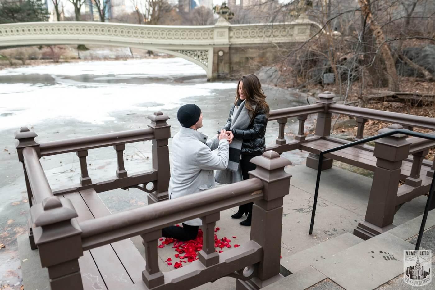 Photo 2 Bow bridge surprise marriage proposal.   VladLeto