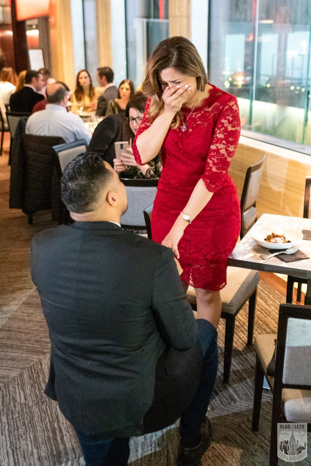 Photo 2 Surprise proposal in a restaurant in NYC. | VladLeto