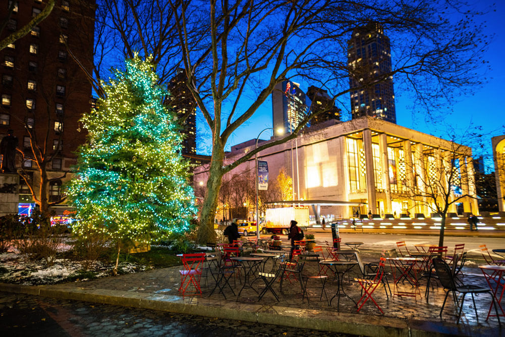 Wedding proposal at Lincoln Center Christmas tree